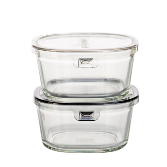 Iwaki with lid can be heating lunch box container