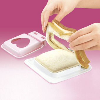Sanada toast bread cake model production is