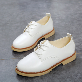 Autumn New style flat casual small leather shoes (White)