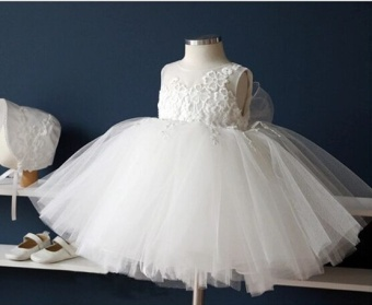 Girl's hosted dress flower girl dress (White skirt) (White skirt)