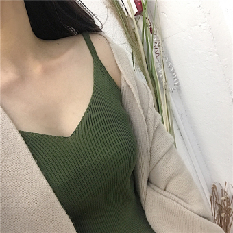 Knitted New style v-neck thin strap base shirt (Green) (Green)