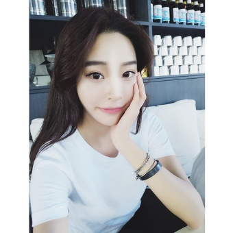 Korean-style solid color female Slim fit versatile bottoming shirt white short sleeved t-shirt (White [831 models])