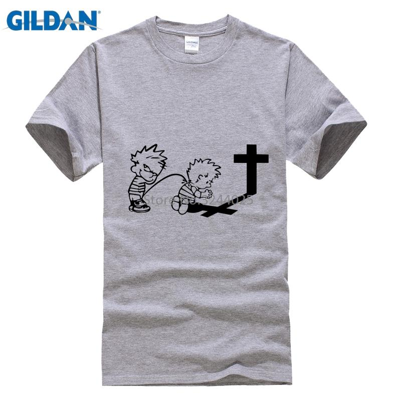 Gildan TEE SHIRT Pria Caroling Kaos Pria 3XL Calvin Kencing Di Calvin Berdoa Lucu T Shirt-Intl