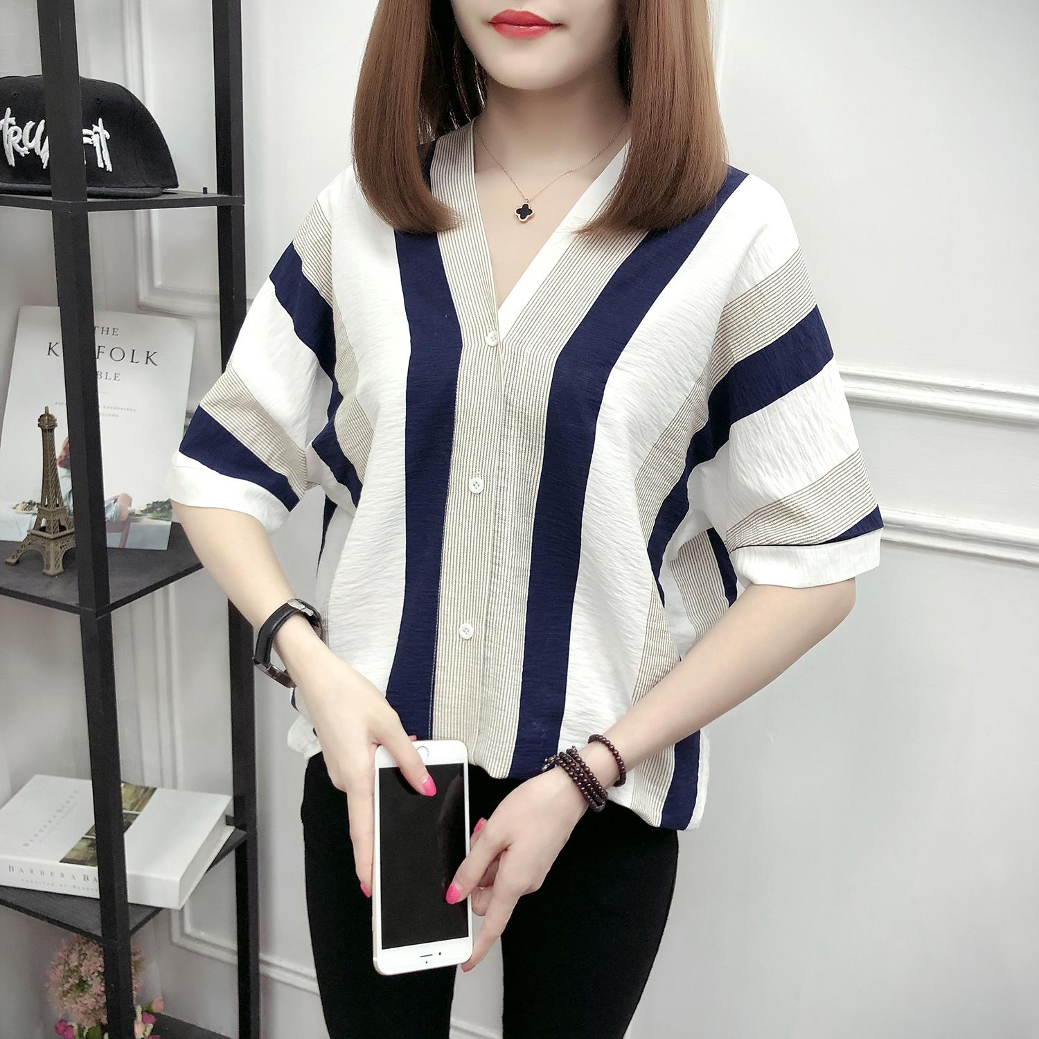 154aa6f27f4 2018 Summer New Style Fashion Loose And Plus-sized V-neck Stripes Shirt  women