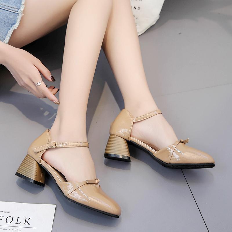 Versatile female semi-high heeled straight-line buckle sandals stiletto heels