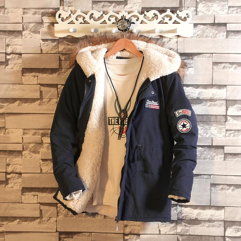 Pakaian musim dingin pria model baru Gaya Korea Tren membentuk tubuh baju katun kulit bulu domba