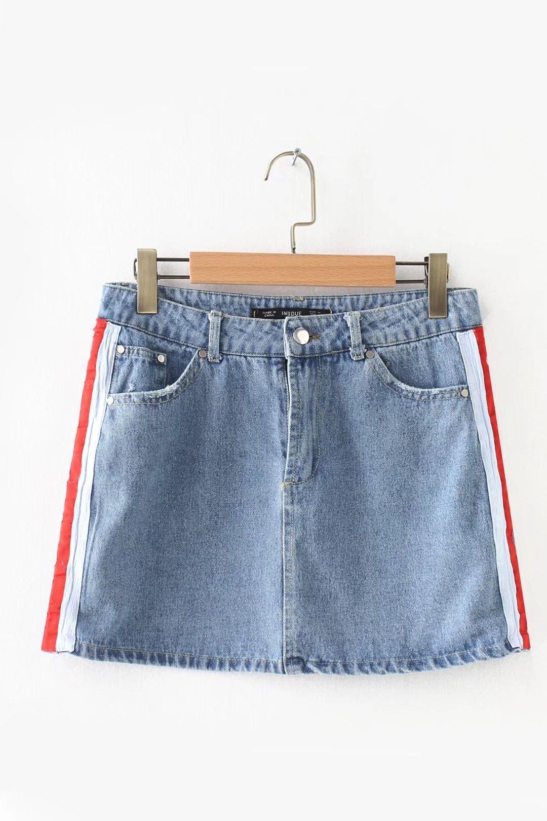 Biru Tua Daftar Source · Busana bergaris liar Slim adalah celana stretch tipis .