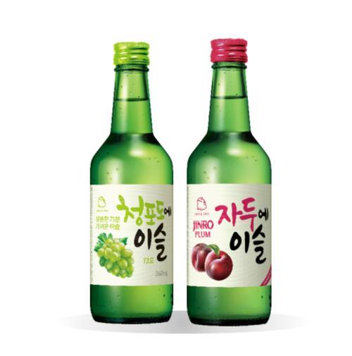 Flavored Jinro Soju Twin Set (green Grape + Plum) By Geonbae
