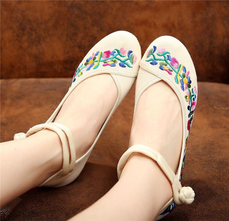 Sepatu Wanita Beijing Oleander Baru Sepatu Hak Perempuan Sol Tebal Sepatu Emas Goose (Kipas Mati-Putih)