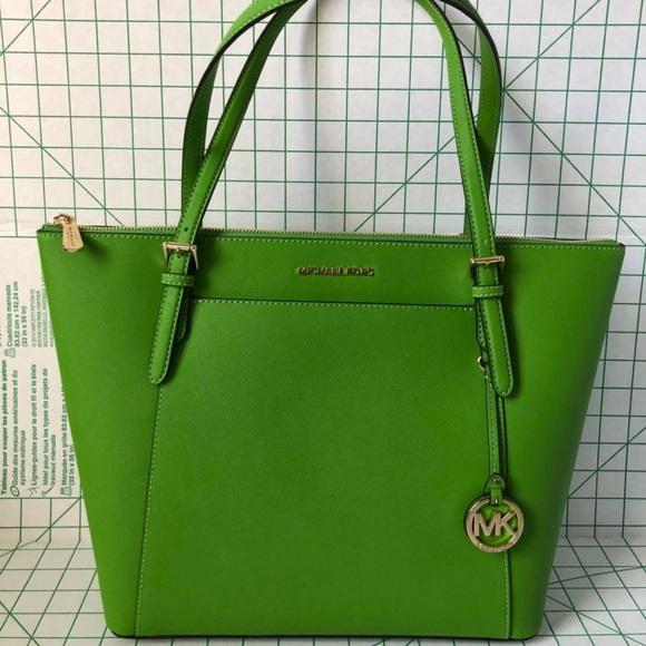 670cbe2ed579 Latest Michael Kors Women Tote Bags Products | Enjoy Huge Discounts ...