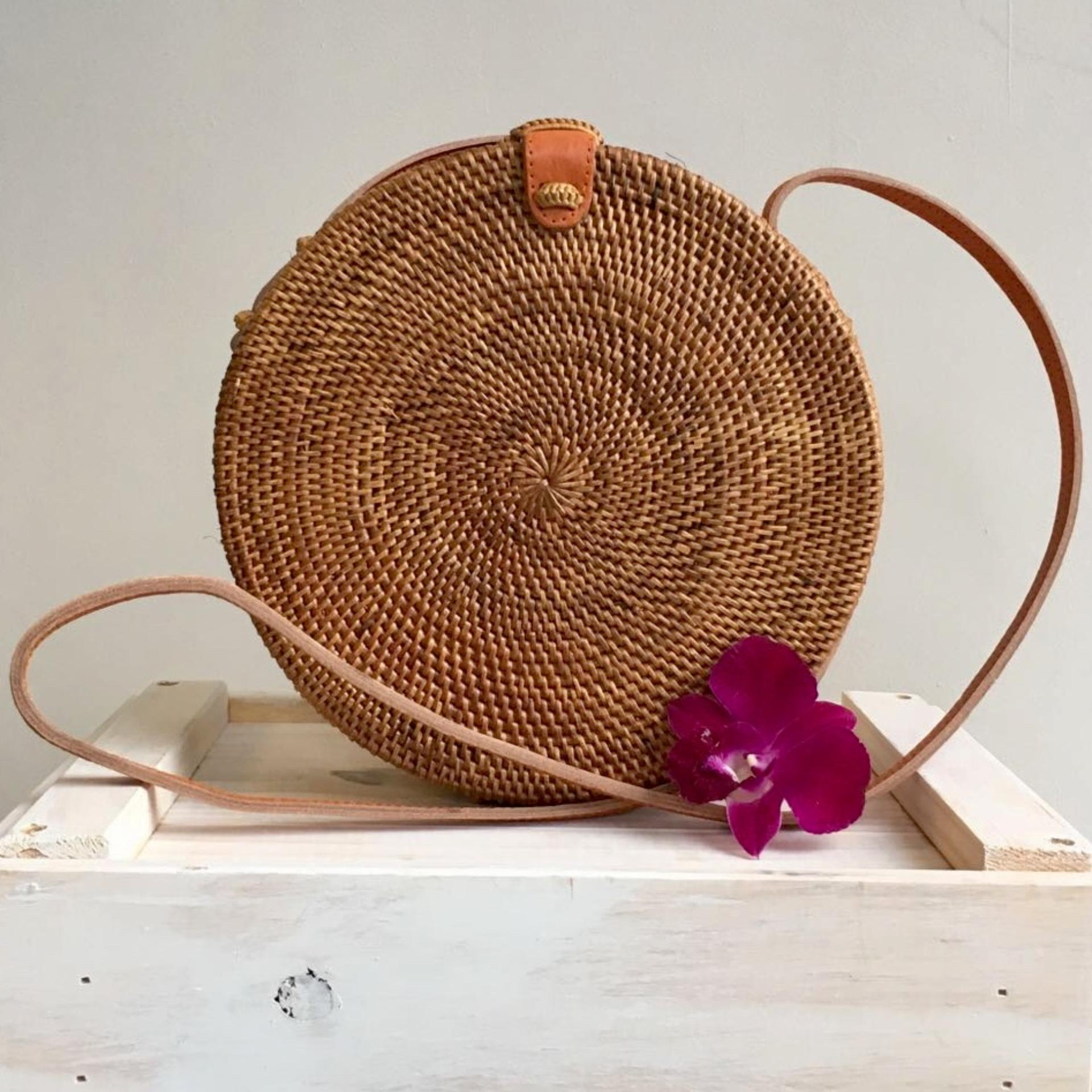 Discounted Bulan 20 Cm Handwoven Rattan Round Bag Metal Clasp Batik Lining Shoulder Bag Cross Body Bag Summer Bag Handbag Leather Sling Strap Boho Chic Ata Bag Vintage Style Beach Bag