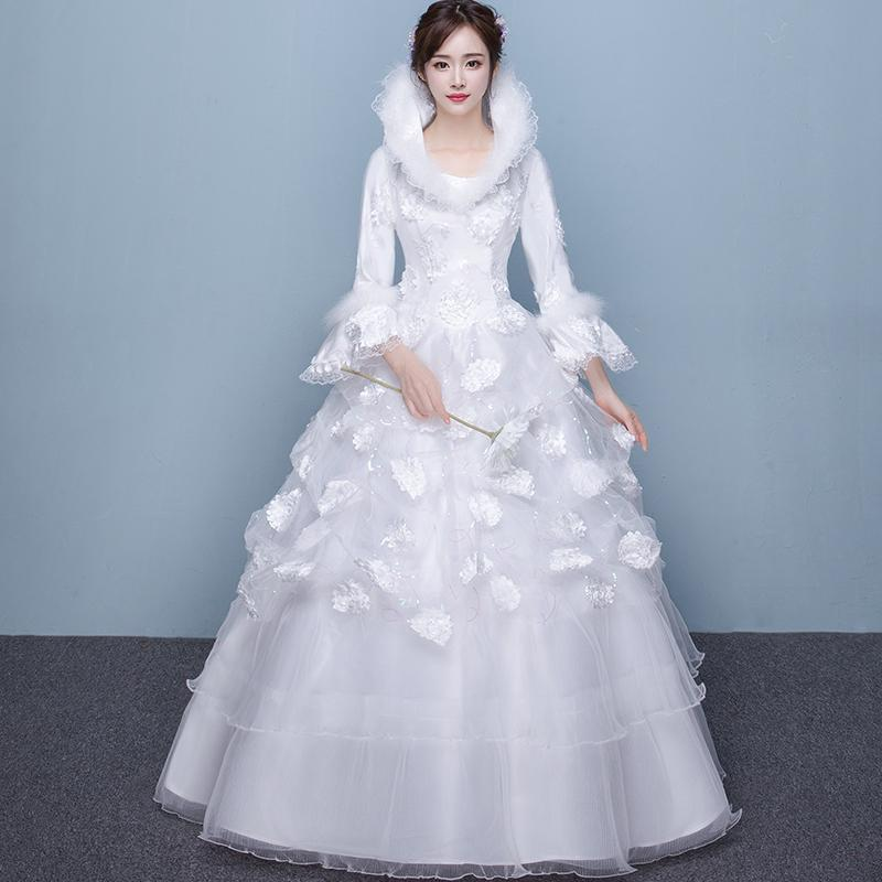 Musim panas Gadis Gaun (Gaun putri putih). Source · Gaun Pengantin Wanita Tanpa Ekor Lengan Panjang Warna Merah Dipertebal Ukuran Besar (Ikat Tinggi Wanita