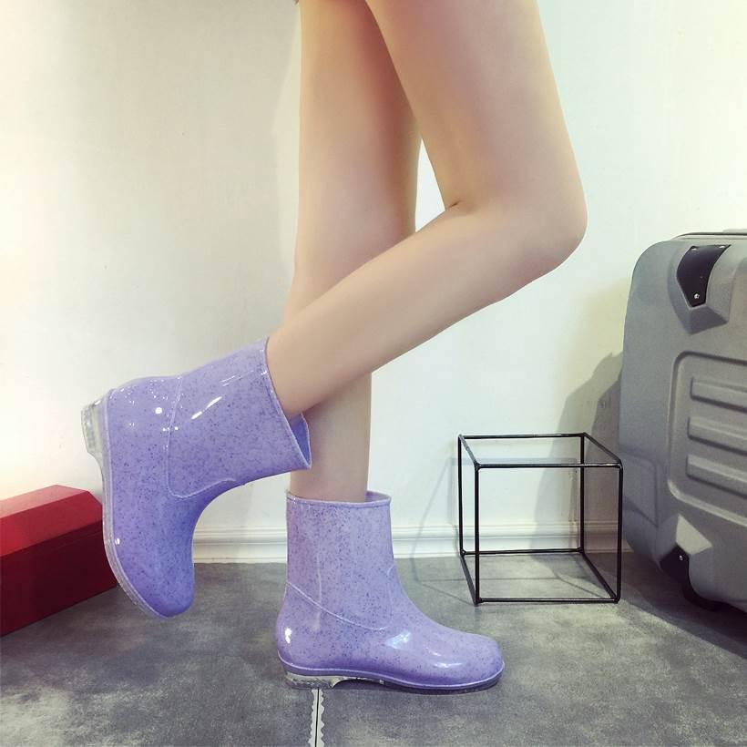 Korea Tahan Air Sepatu Boots Hujan Wanita Dewasa Sedang Penghangat Tambah Beludru Sepatu Anti Air Perempuan Sepatu Bot Hujan Modis Anti Selip Model Wanita Pendek Sepatu Anti Air By Koleksi Taobao.