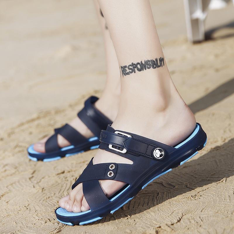2018 model baru musim panas Pria Sandal Summer casual Sandal pantai Anti Selip Anti Bau murid sandal dwiguna diluar ruangan sepatu berlubang - 2