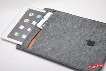 Mini wool felt light iPad cushioning bag