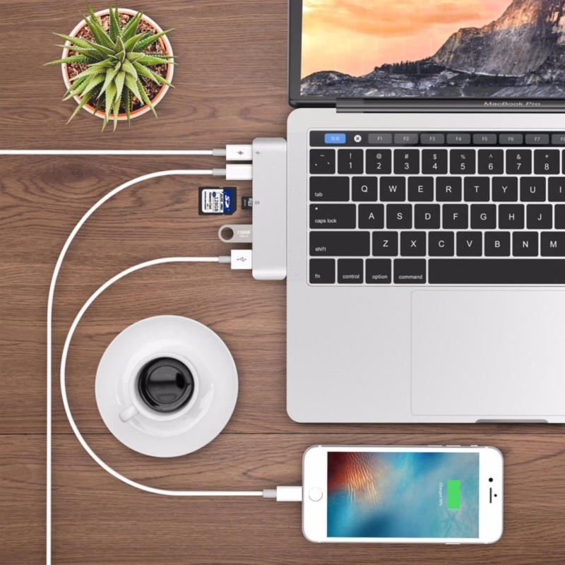 USB-C HUB 6 in 1 Type-C Adapter Multifunction HUB with SD / TF Card Reader Support PD Charging for MacBook Pro