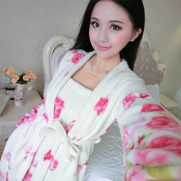 2017 early spring Ms. flannel pajamas rose flower long-sleevedchest wrapped lingerie nightgown two-piece sets home clothes