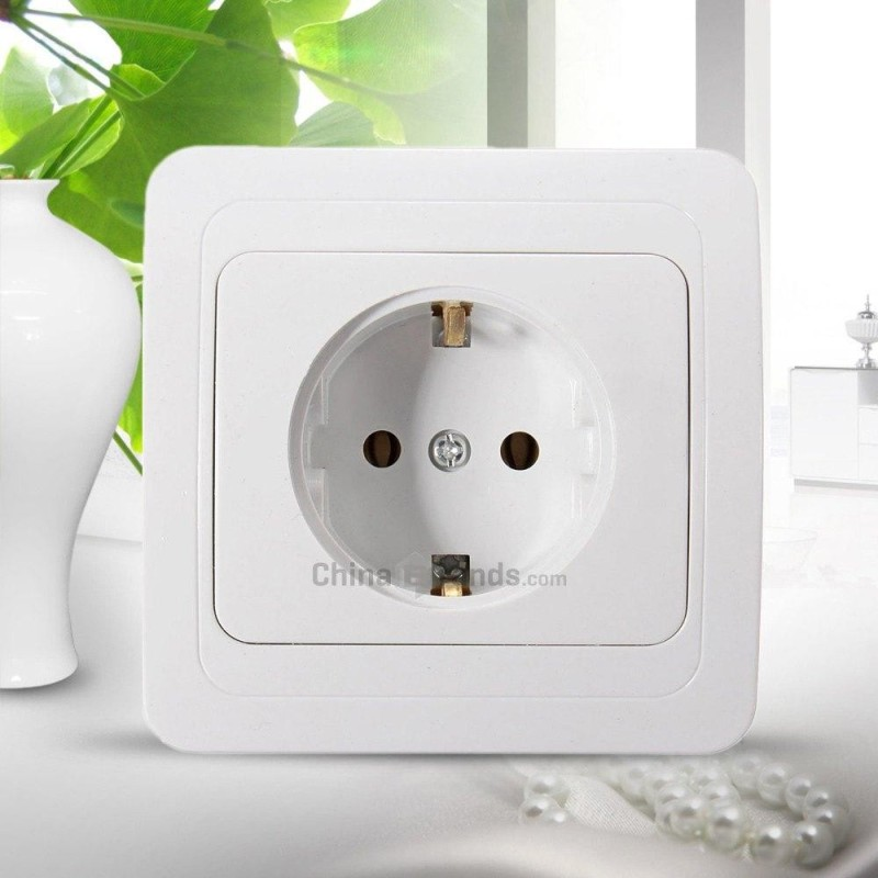 Flame-resistant Wall Power Socket Outlet Adapter ( 110 - 250V 16A ) - intl
