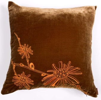 Harga Velvet Embroidery Cushion Cover with Daisy Flower Design BROWN/ORANGE