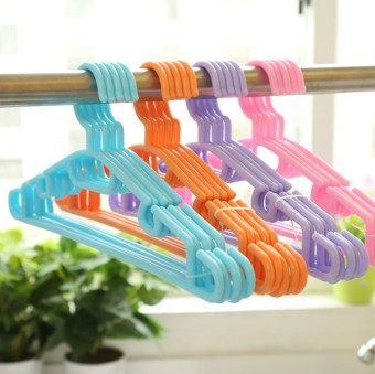 Indoor Double Pole solid adult plastic hanger clothes rack