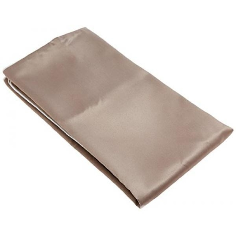 Buy iluminage Skin Rejuvenating Pillowcase with Anti-Aging Copper Ions (Standard), Patented Copper Technology for Fine Line Reduction - intl Singapore