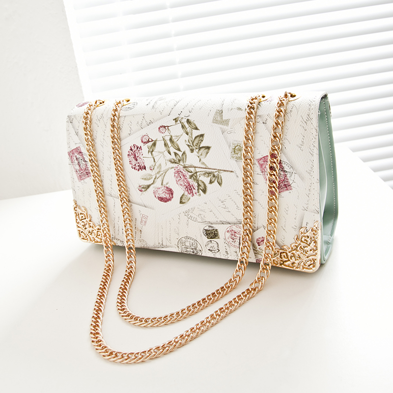 2017 korean version of the candy spring and summer small bag vintage crocodile pattern handbag chain bag ladies shoulder bag diagonal package (Deluxe edition imported printing grass green)