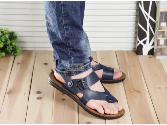 Casual leather white men beach sandals and slippers men's sandals(Blue)