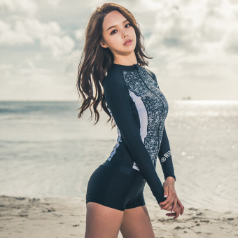 Hot Spring Korean-style New style long-sleeved sun split swimsuit