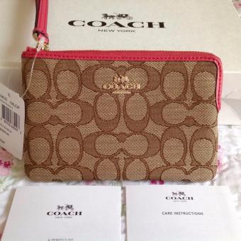 Harga Coach F58033 Corner Zip Wristlet (Khaki/ Strawberry)