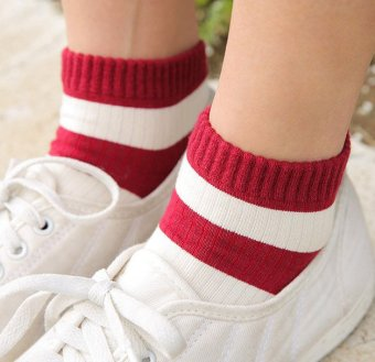 Harga South korea imported purchasing new korean fashion casual striped socks female