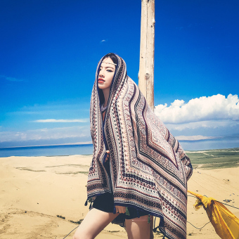 Harga Bohemian cotton long scarves female wild desert summer seaside beach scarf sunscreen large cape (Blue edge color)