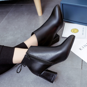 Korean-style autumn and winter New style pointed high-heeled shoes (Black)