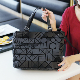 Lingge laser bag geometric bag New style bag (Black)