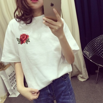 MM Korean-style embroidered slimming rose T-shirt (Black) (Black)