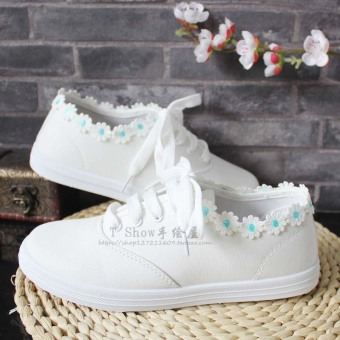 Sweet canvas Spring and Autumn student white shoes daisy (Light blue)