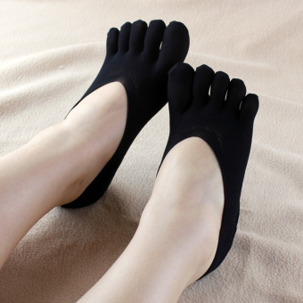 Women's Invisible Sweat-Absorbent Silk Socks (Black)