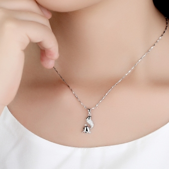 Debutante s925 European and American elegant silver small Fox pendant necklace