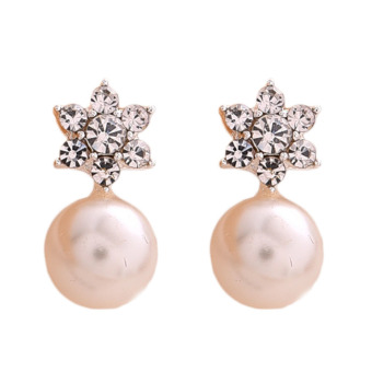 Fancyqube Lady Crystal Rhinestone Pearl Ear Stud Earrings Jewelry - intl