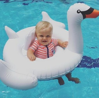 Harga Explosion models female baby swan Flamingo swimming ring 1-3-year-old armpit ring children infants and children sitting circle