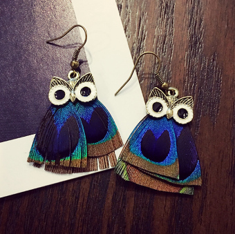 Harga Women's Korean-style stylish owl peacock feather earrings