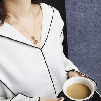 Korean simple short paragraph geometric ball gold pendant clavicle chain female temperament very simple necklace accessories pendant wild