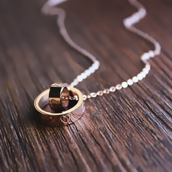Peach heart love double ring necklace simple wild Korean-style female temperament rose gold pendant necklace clavicle chain